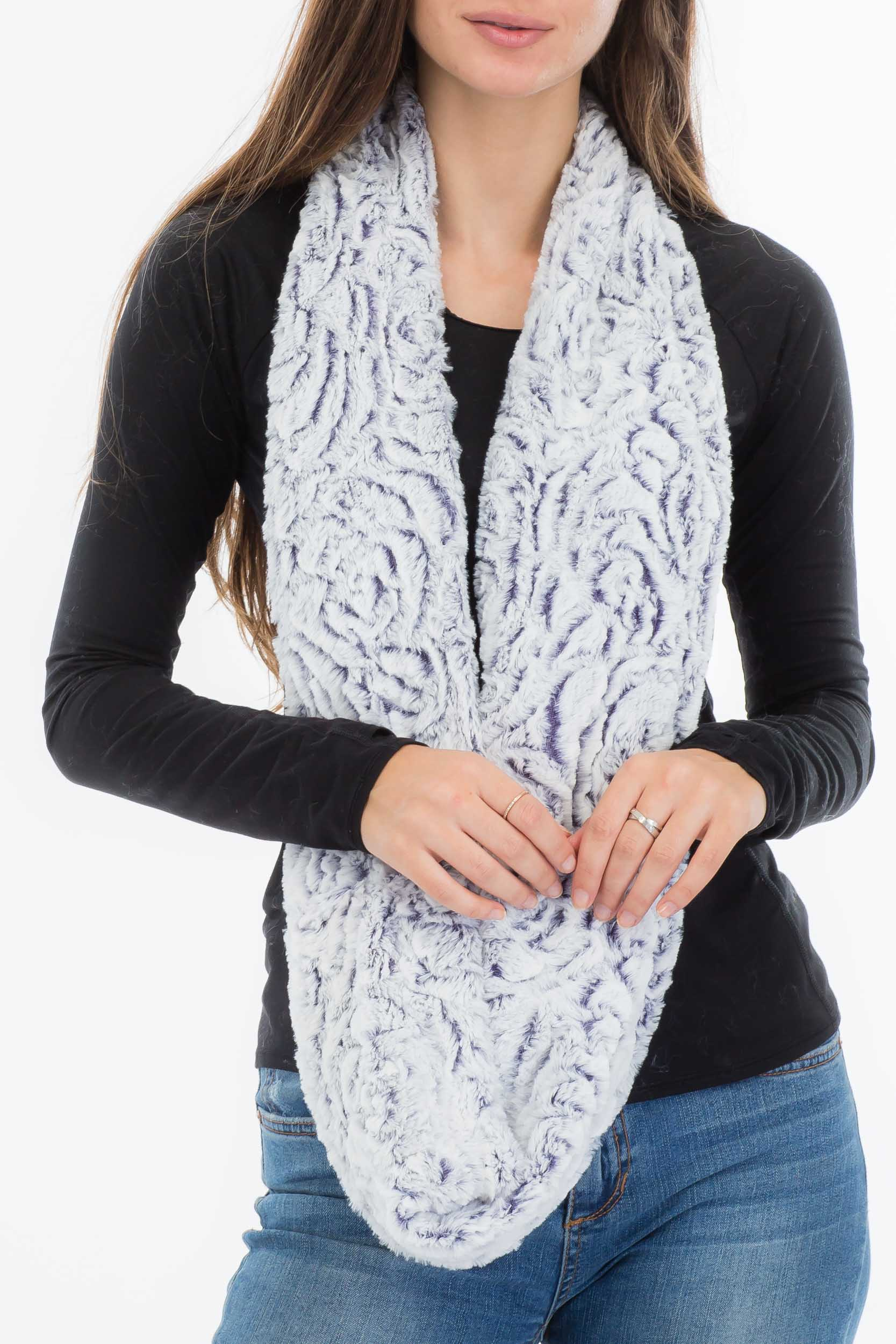 Buttery Luxury Soft Rose Detailed Faux Fur Infinity Scarves