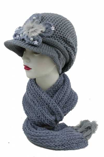 Light Knit Beanie And Scarf Set With Flower Center