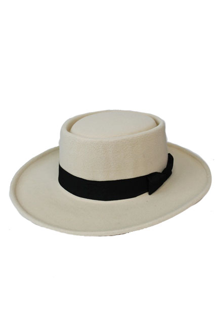 Wide Brimmed Round Crowned with Flat Black Band Unisex Hat
