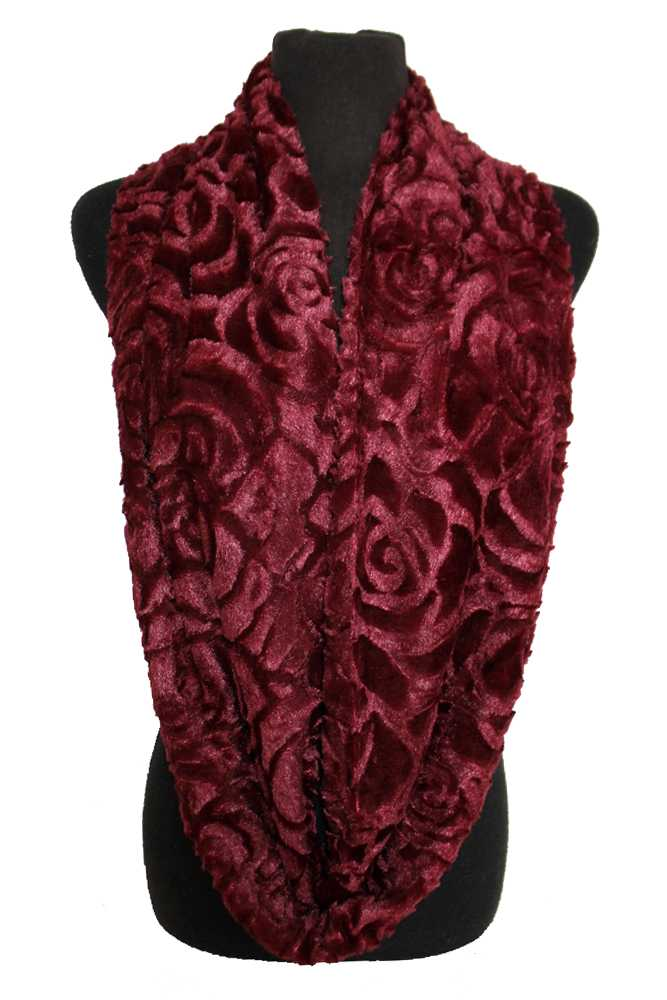 Rose Patterned Velvet Fur Felt Infinity Scarf