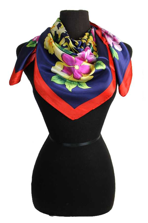 Blossomed Flower Patterned Silk Felt Twill Square Scarf