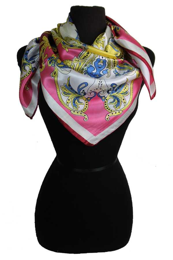 Paisley Vineyard Patterned Silk Felt Twill Square Scarf