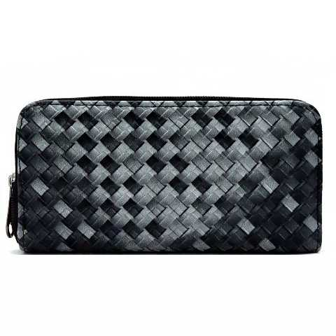 Two Tone Knit Pattern Faux Leather Fashion Wallet with Zipper Closure